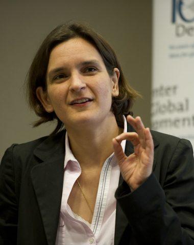 Esther Duflo, « Prix Nobel » d'économie : faut-il s'en réjouir ? (spoiler : oui, mais c'est plus compliqué)