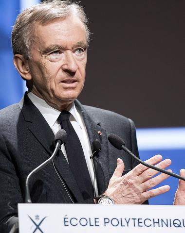 Bernard Arnault est la 1ère fortune du monde selon Forbes