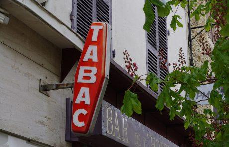 Les Français pourront bientôt payer leurs impôts au bureau de tabac