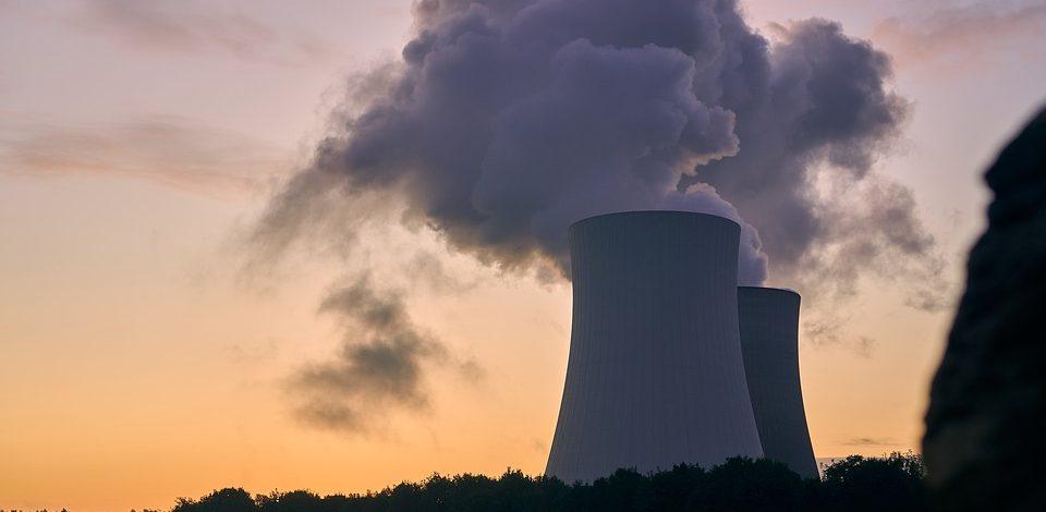 Les échecs du nucléaire français, la responsabilité des dirigeants politiques